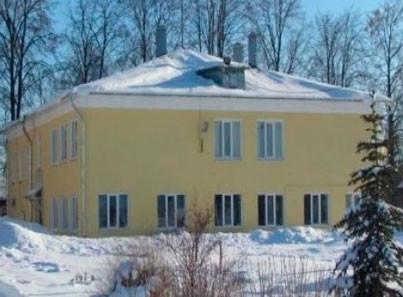Суздальский интернат фасад здания зимой