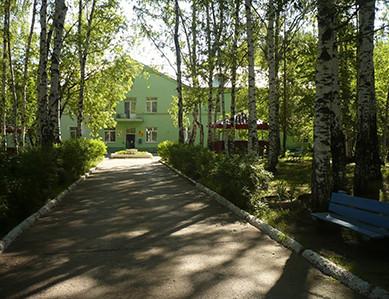 Главное здание Гайвинского дом-интерната