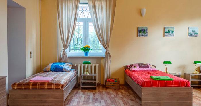 Кровати для пожилых