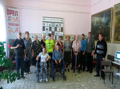 Студенты пожилым людям в домах престарелых