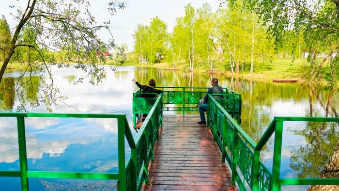 Озеро на территории пансионата