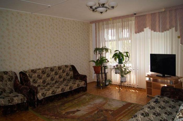 Холл Иннокентьевского дома-интерната для престарелых и инвалидов