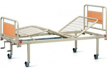 Медицинская кровать для инвалидов