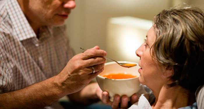 Питание для лежачих больных