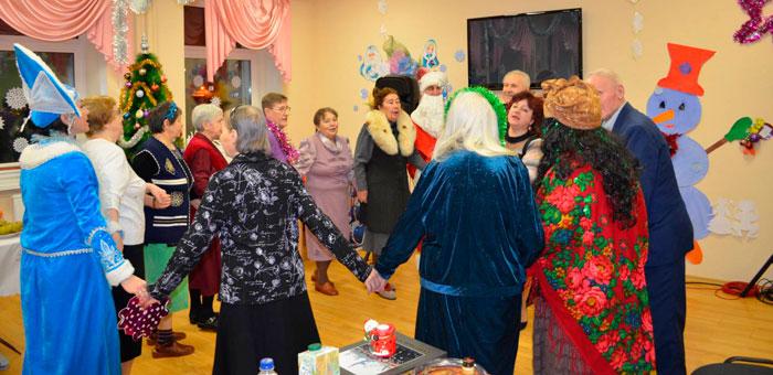 Праздник в Североморском доме для престарелых