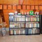 Библиотека пансионата для пожилых «Счастье»