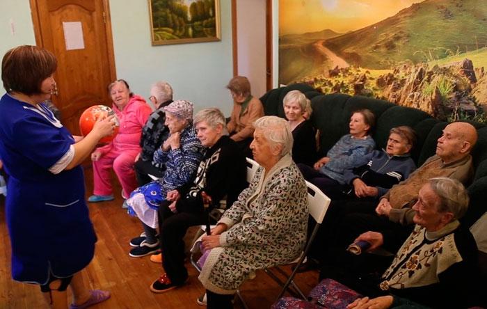 Досуг жильцов пансионата «Теплые беседы» в Королеве