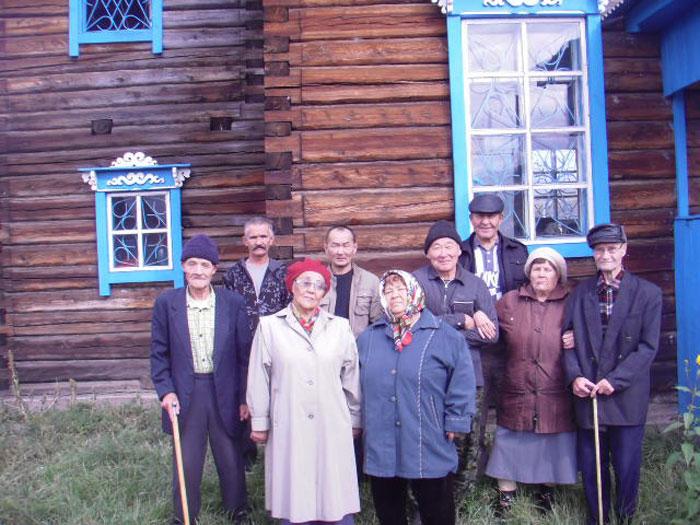 Экскурсия постояльцев Джидинского дома-интерната для престарелых в музей