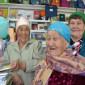 Жильцы Джидинского дома-интерната для престарелых и инвалидов