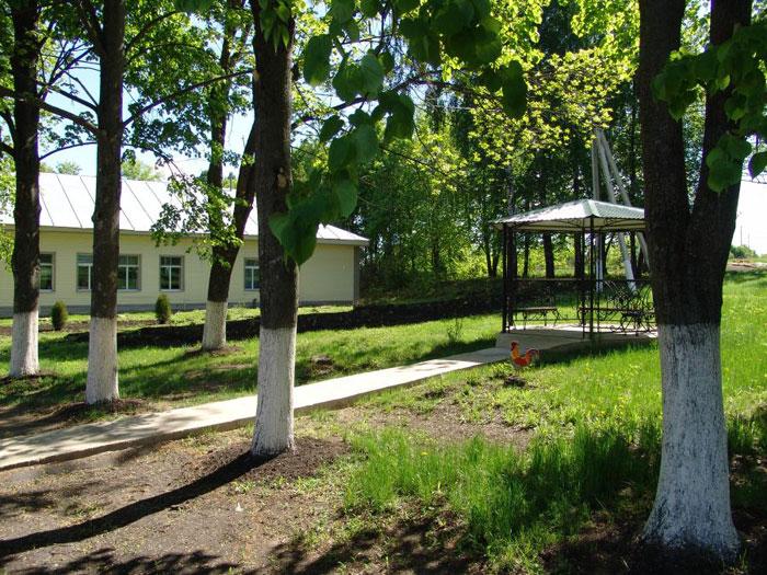 Территория Ламского дома-интерната для граждан пожилого возраста