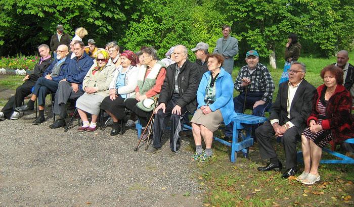 Постояльцы Новгородского дома-интерната для престарелых и инвалидов