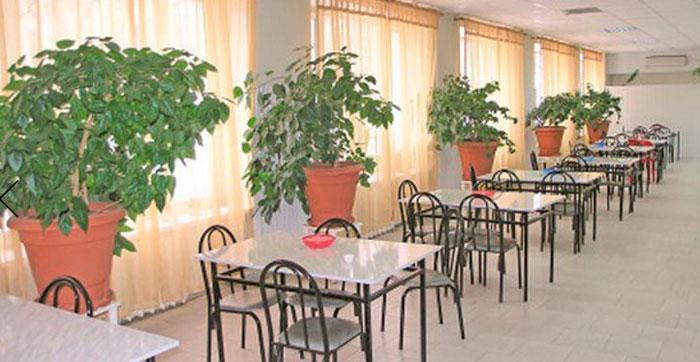 Столовая Новочеркасского дома-интерната для престарелых и инвалидов