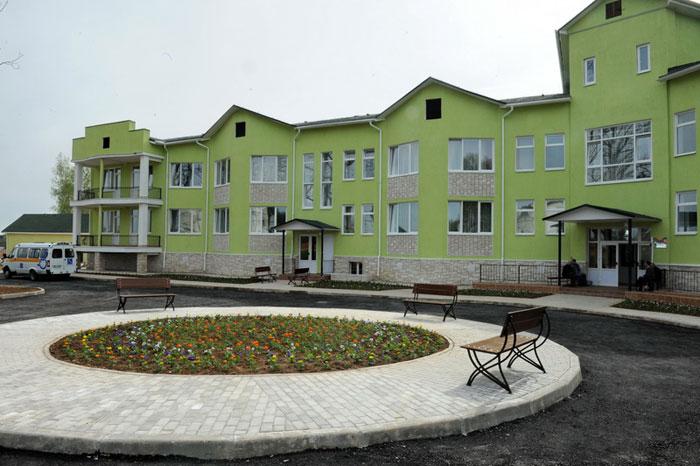 Территория Новодугинского специального дома для престарелых и инвалидов