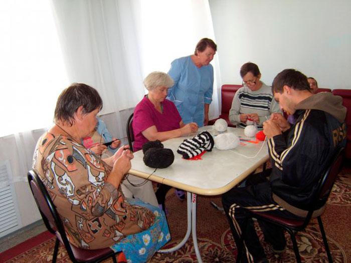 Досуг жильцов Потаповского пансионата для инвалидов