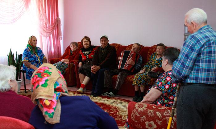 Холл Райчихинского дома-интерната для престарелых и инвалидов