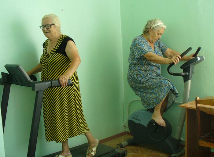Тренажерный зал в Волгодонском пансионате для престарелых и инвалидов