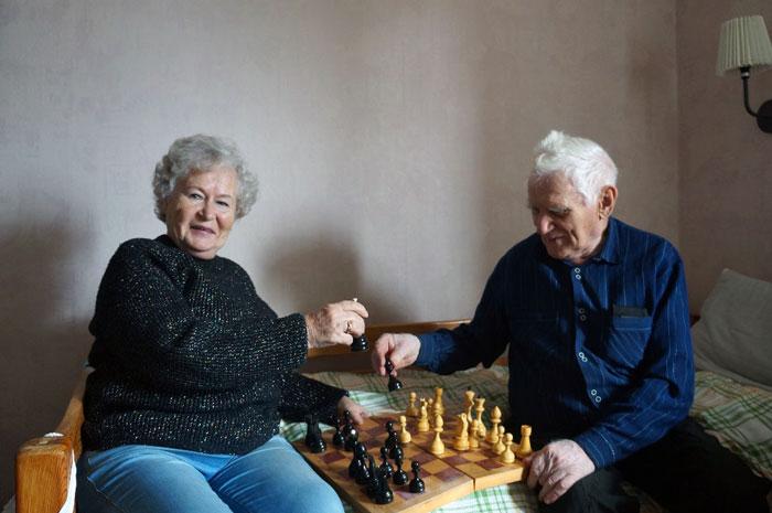 Досуг постояльцев дома престарелых «Оберег» Лешино