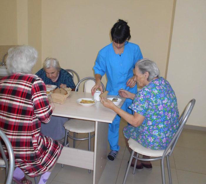 Столовая Каменского пансионата для престарелых