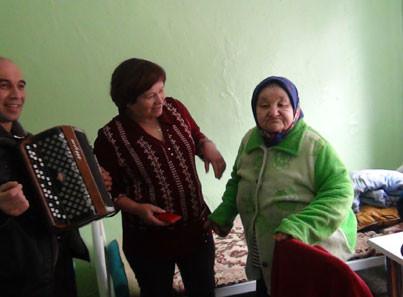Досуг жителей Зимстанского дома-интерната для престарелых и инвалидов