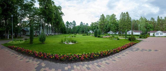 Территория санатория «Зеленый город»