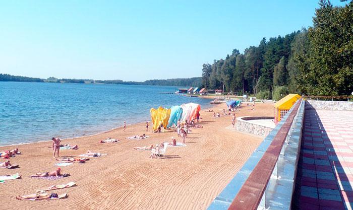 Пляж в Лепельском военном санатории