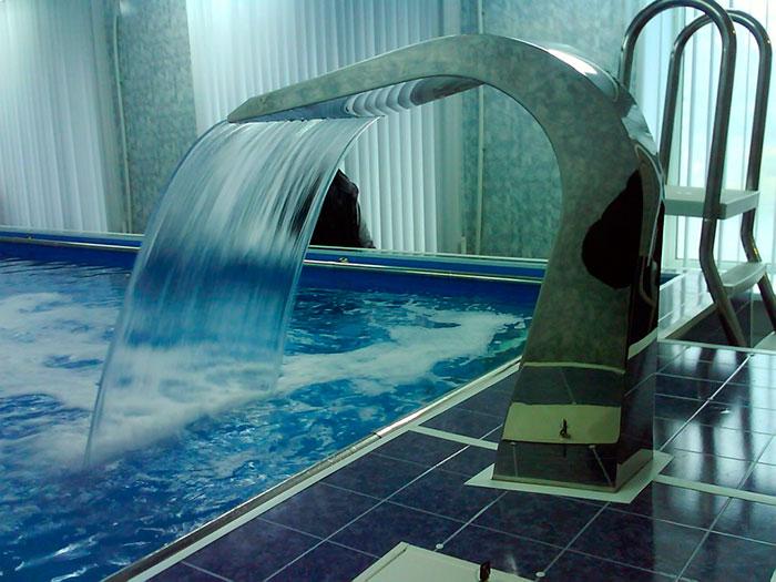 Каскадный душ открытого типа