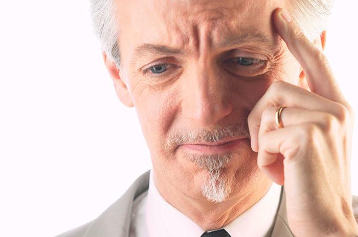 Причины потери памяти у пожилых людей