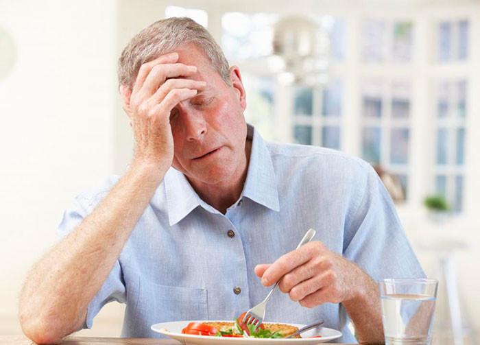 Как и чем повысить аппетит у пожилого человека?