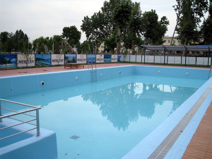 Бассейн в санатории «Мерсиан» (Узбекистан)