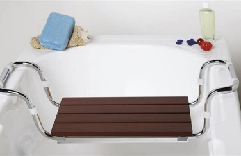 Сиденье для ванны для пожилых людей: как пользоваться?