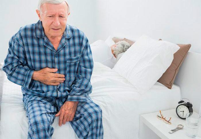 Грыжа в пожилом возрасте - симптомы и лечение