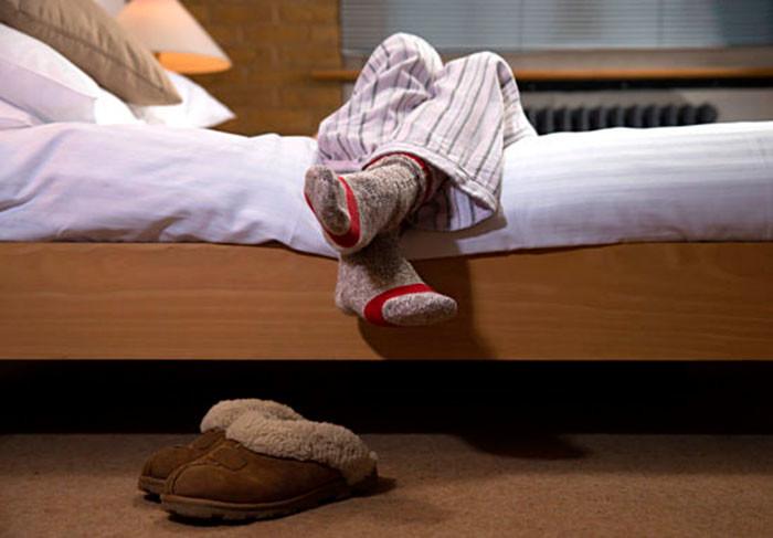 Синдром беспокойных ног у пожилых людей - причины и лечение