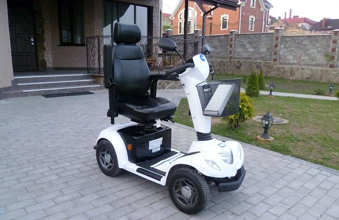 Электроскутер Carpo 4 для пожилых и инвалидов