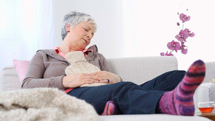 Грелка - для устранения болевых ощущений при запорах