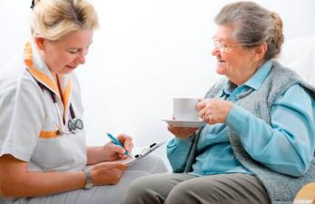 Сиделка в больницу - куда обратится, на что обратить внимание и другие нюансы