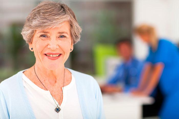 Возрастная макулярная дегенерация: причины возникновения и лечение патологии