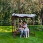 Двор в доме престарелых «Мария» (Москва)