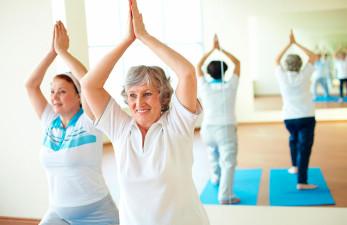 Вестибулярная гимнастика для пожилых: показания и противопоказания для занятий