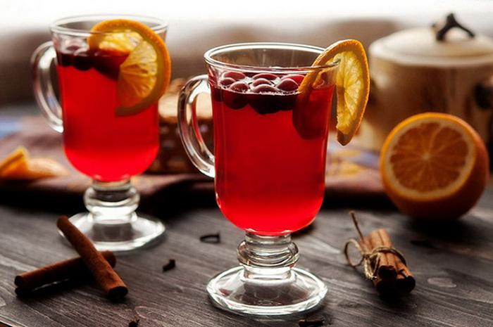 Клюквенный чай - для лечения повышенной температуры у пожилых