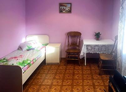Одноместный номер в пансионате для пожилых «Домашний уют»
