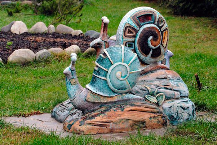 Садовые скульптуры украсят участок любой бабушки