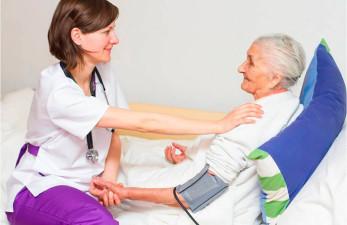 Трудовой стаж по уходу за престарелыми - куда обращаться и какие справки собирать