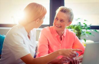 Уход за больными Паркинсоном: на дому и в стационаре