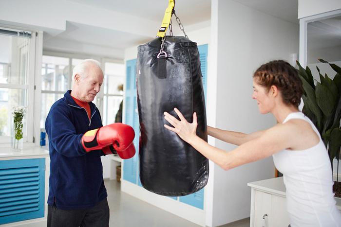 Занятия спортом позволяют отвлечься от болезни