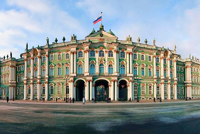 Льготы для пенсионеров на посещение музеев в Санкт-Петербурге в 2018 году