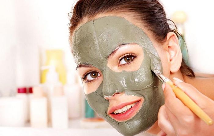 Глиняная маска поможет избавиться от возрастных пигментных пятен