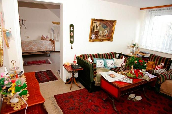 Комната для проживания пенсионеров в немецком доме престарелых