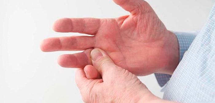 Контрактуры у лежачих больных: причины развития и лечение опасного состояния