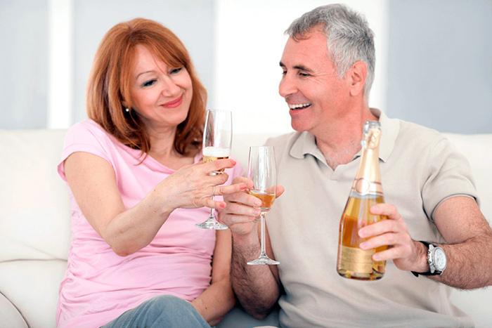 Сохранение романтических ноток в паре после 50 лет