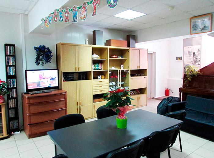 Холл в пансионате для пожилых «Долголетие» в Зеленограде